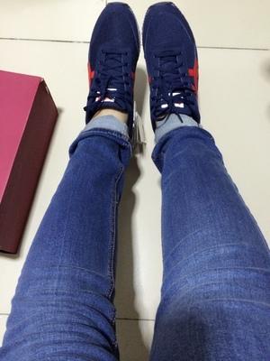 【2014年秋季新品】鬼塚虎城市运动休闲男女板式跑步鞋 D4K3N