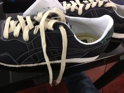【65周年纪念款】Onitsuka Tiger中性运动休闲鞋 SERRANO D443L-9090