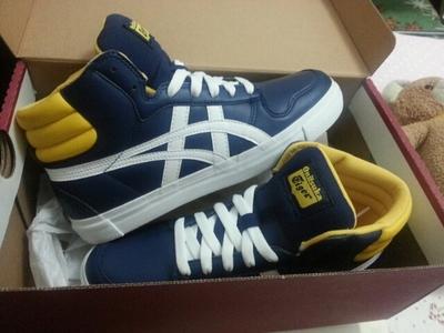 【2013年秋季】鬼冢虎 A-SIST MT TH3P4Y 复刻篮球运动休闲鞋