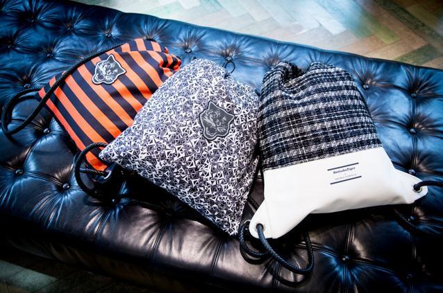个性十足的Onitsuka Tiger联名设计款拉绳包!