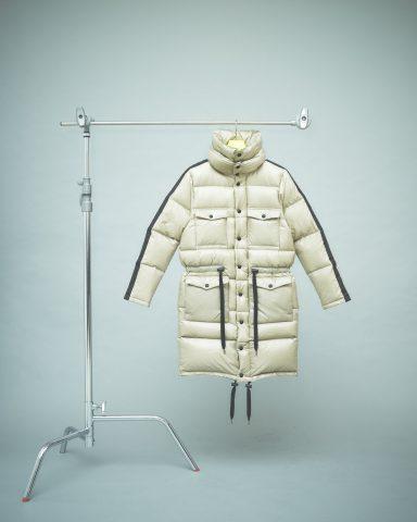 推荐一款三色两种款式在寒冷季节不可缺少的羽绒服