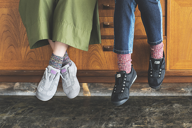 【MEXICO 66 SLIP-ON】内侧带毛的懒人鞋